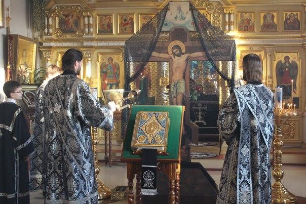 Чин Пассии в Свято-Воскресенском храме
